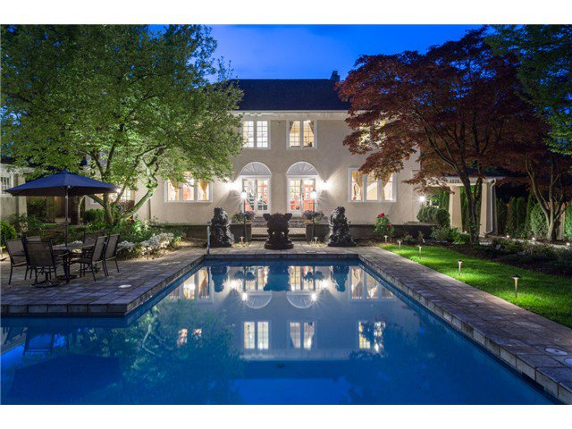"""Main Photo: 1375 W KING EDWARD Avenue in Vancouver: Shaughnessy House for sale in """"1ST SHAUGHNESSY"""" (Vancouver West)  : MLS®# V1119114"""