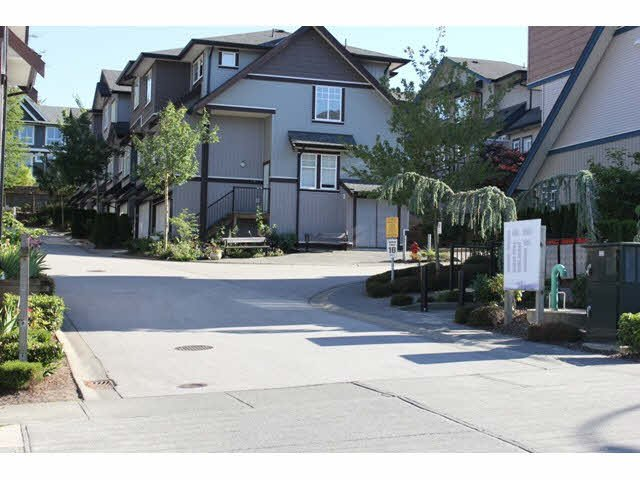 """Main Photo: 37 14462 61A Avenue in Surrey: Sullivan Station Townhouse for sale in """"RAVINA"""" : MLS®# F1444096"""