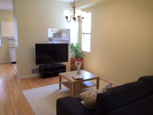 "Photo 3: Photos: 3 6833 LIVINGSTONE Place in Richmond: Granville Townhouse for sale in ""GRANVILLE PARK"" : MLS®# V1136341"