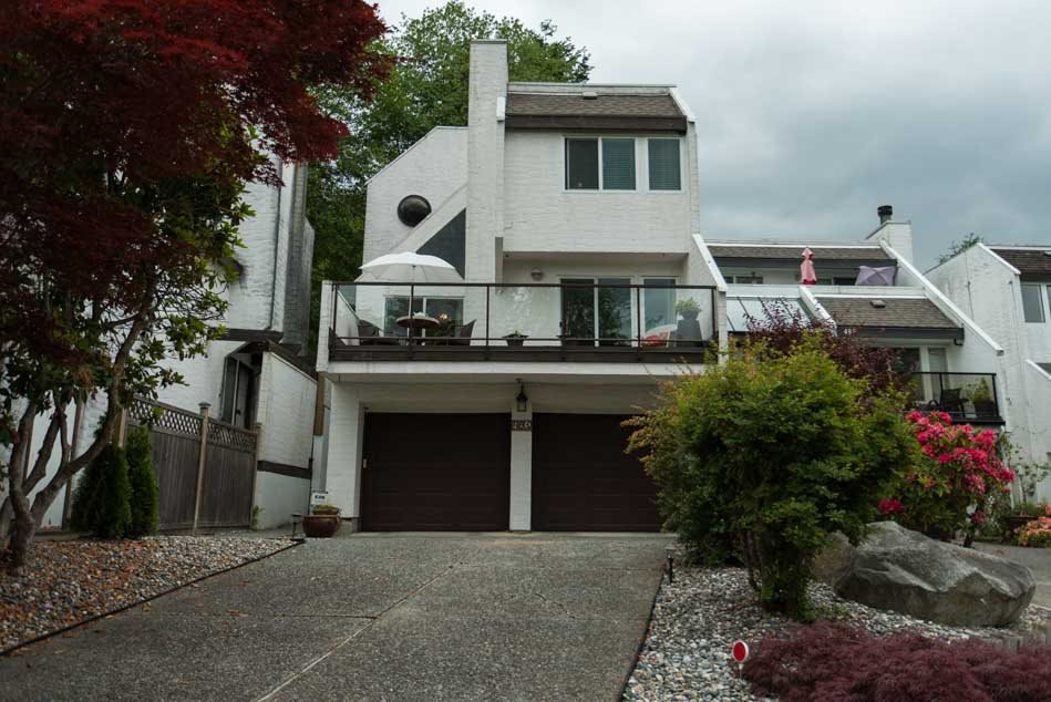 Main Photo: 491 SAN REMO Drive in Port Moody: North Shore Pt Moody House for sale : MLS®# R2073046