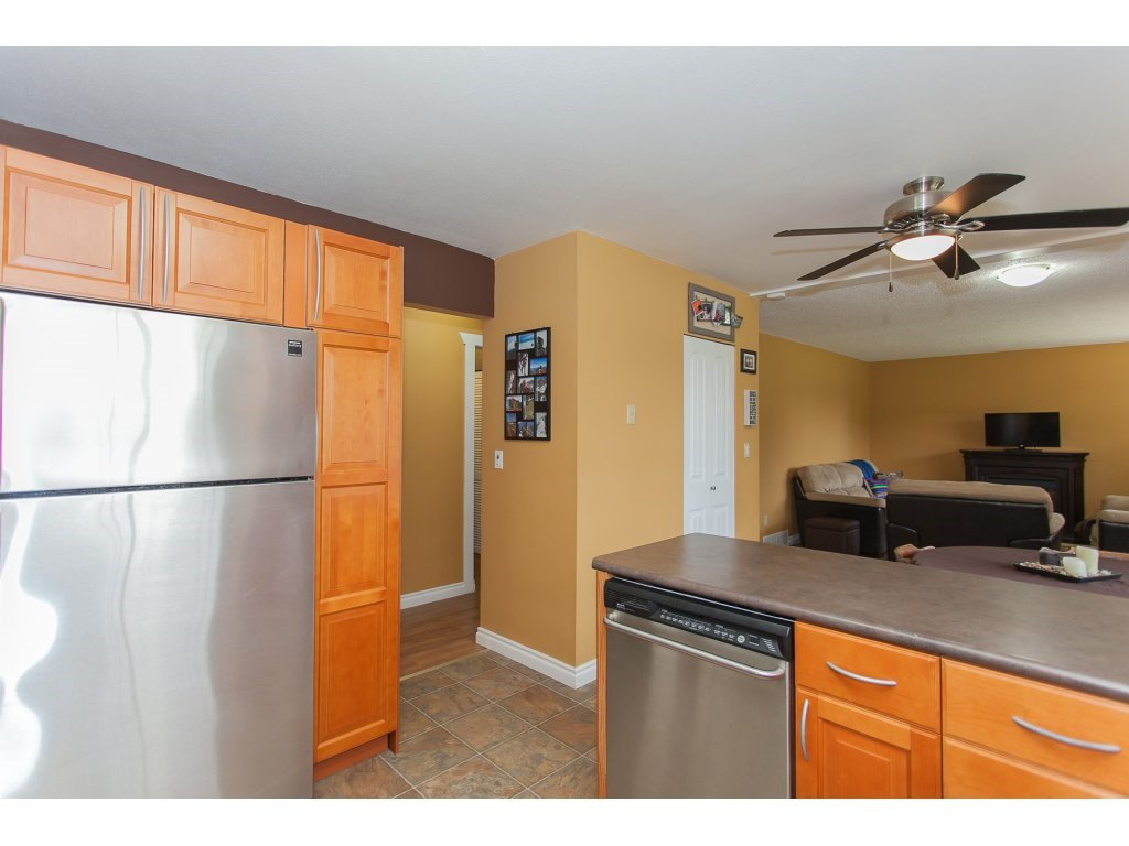 Photo 10: Photos: 8183 PHILBERT Street in Mission: Mission BC House for sale : MLS®# R2153124