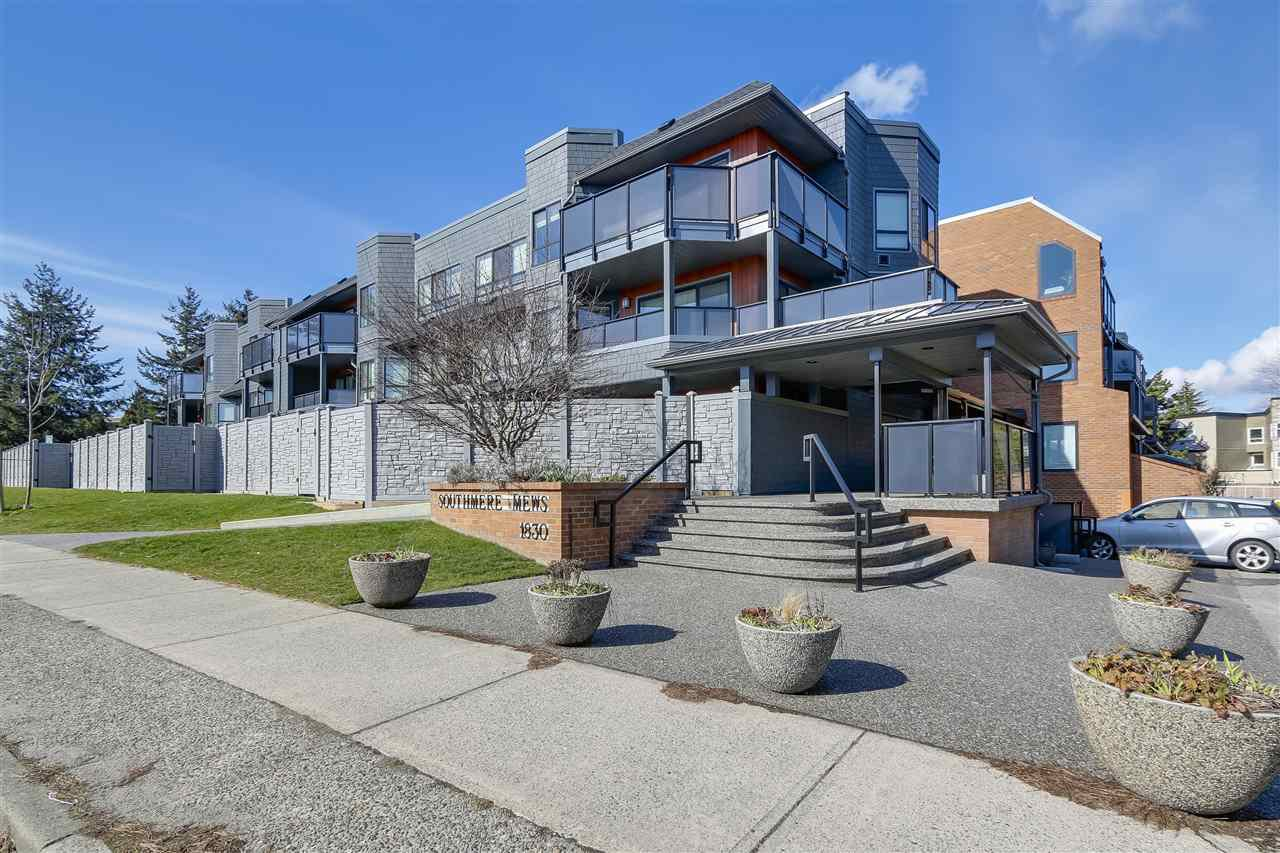 """Main Photo: 309 1830 E SOUTHMERE Crescent in Surrey: Sunnyside Park Surrey Condo for sale in """"Southmere Mews"""" (South Surrey White Rock)  : MLS®# R2246852"""