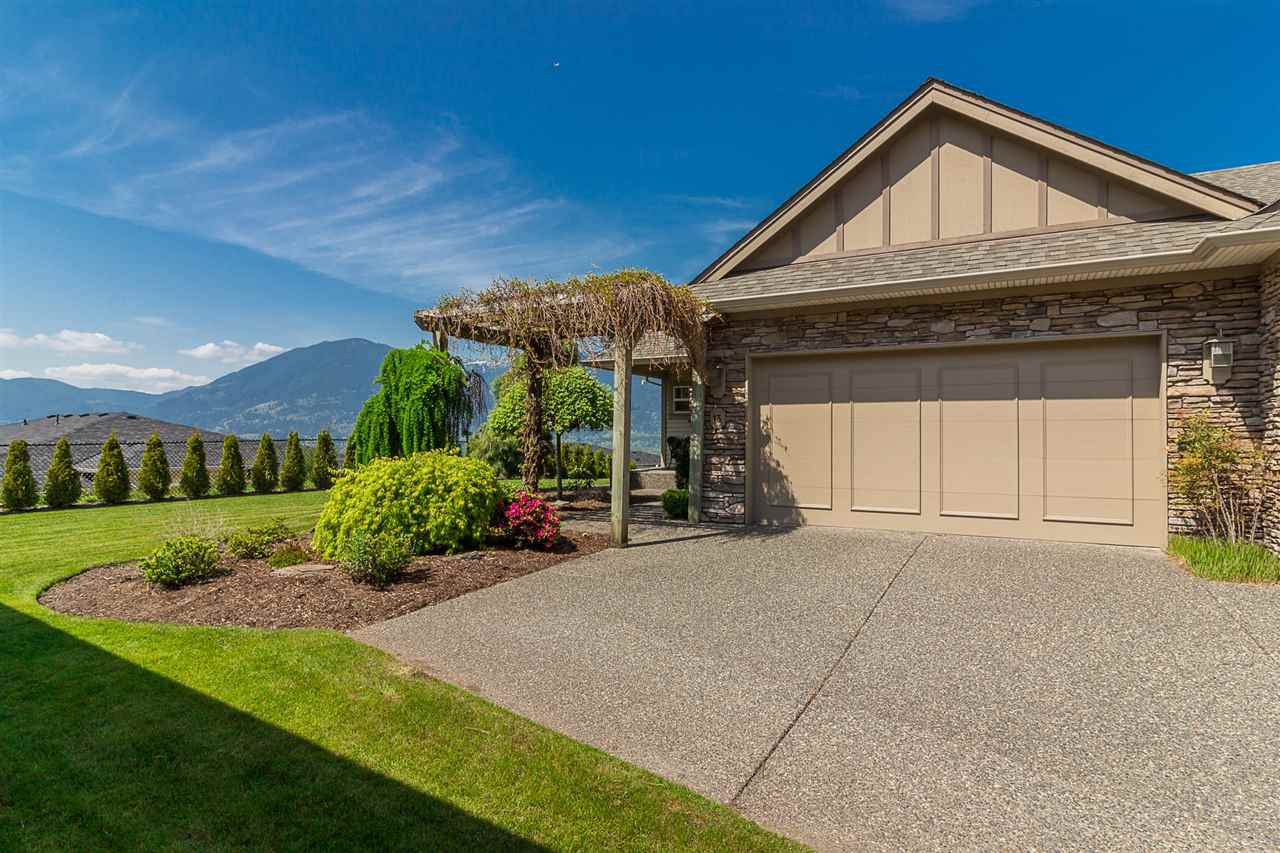 "Main Photo: 13 43777 CHILLIWACK MOUNTAIN Road in Chilliwack: Chilliwack Mountain Townhouse for sale in ""WESTPOINTE"" : MLS®# R2263902"