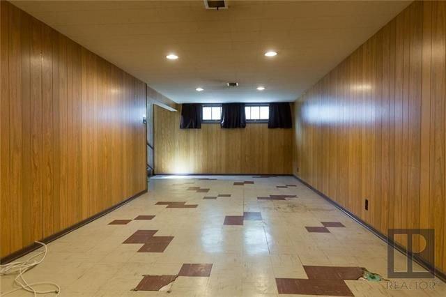 Photo 12: Photos: 1150 Riverwood Avenue in Winnipeg: West Fort Garry Residential for sale (1Jw)  : MLS®# 1824912