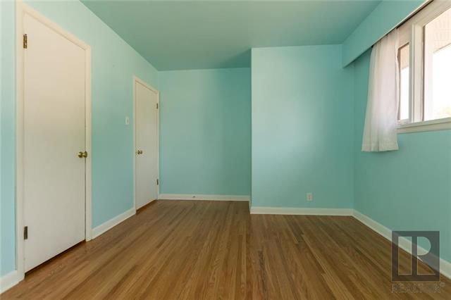 Photo 7: Photos: 1150 Riverwood Avenue in Winnipeg: West Fort Garry Residential for sale (1Jw)  : MLS®# 1824912