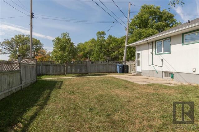 Photo 16: Photos: 1150 Riverwood Avenue in Winnipeg: West Fort Garry Residential for sale (1Jw)  : MLS®# 1824912