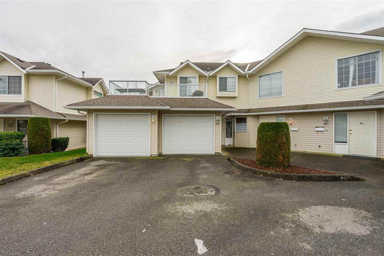 Main Photo: 37 31255 UPPER MACLURE Road in Abbotsford: Abbotsford West Townhouse for sale : MLS®# R2336253