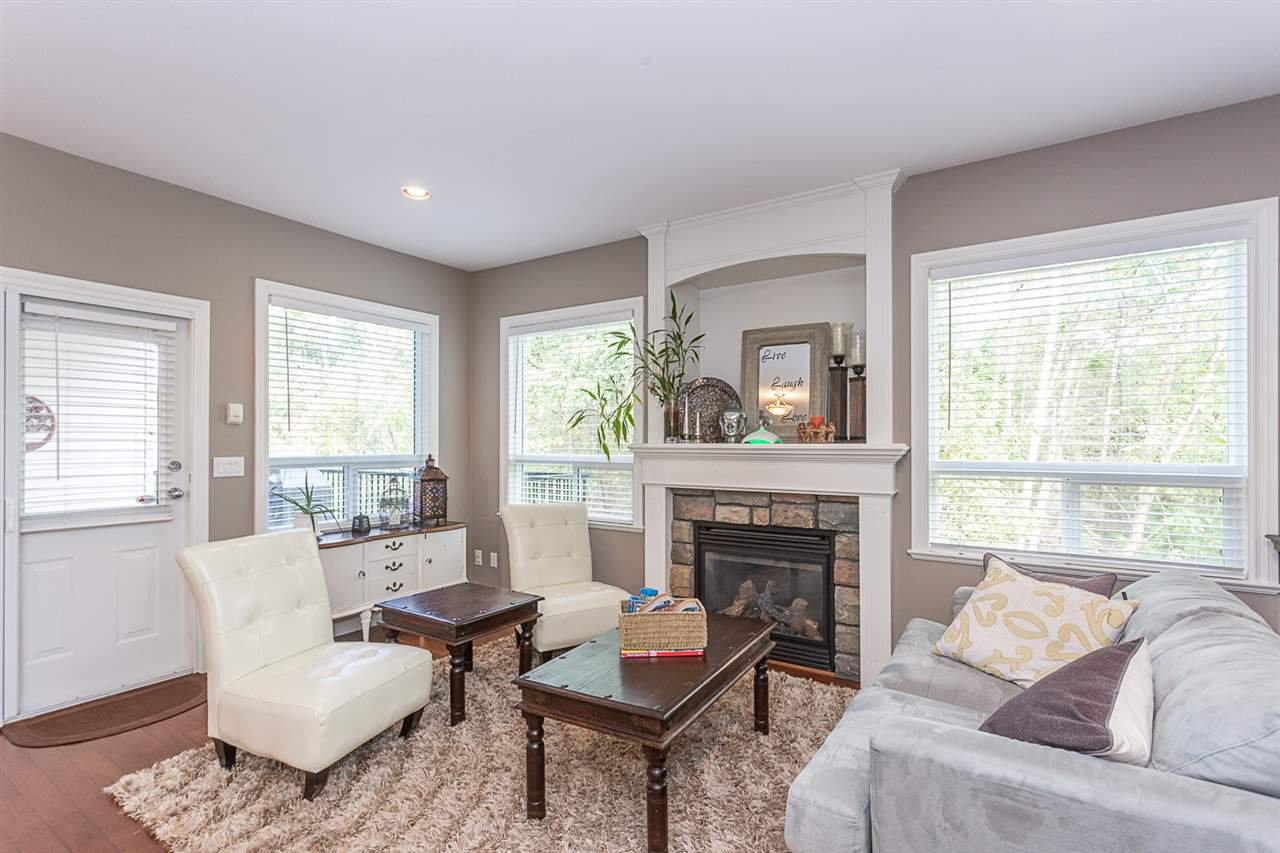 Main Photo: 33093 DESBRISAY Avenue in Mission: Mission BC House for sale : MLS®# R2339219