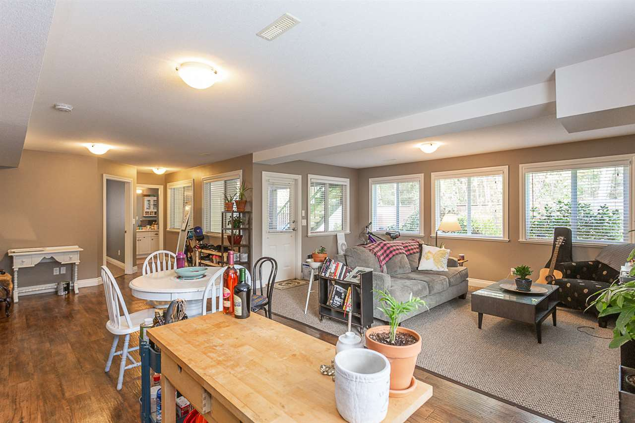 Photo 12: Photos: 33093 DESBRISAY Avenue in Mission: Mission BC House for sale : MLS®# R2339219