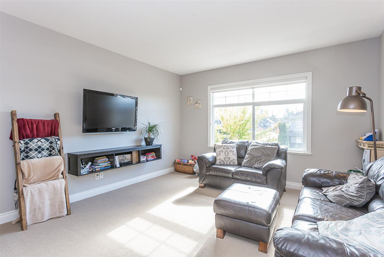 Photo 6: Photos: 33093 DESBRISAY Avenue in Mission: Mission BC House for sale : MLS®# R2339219