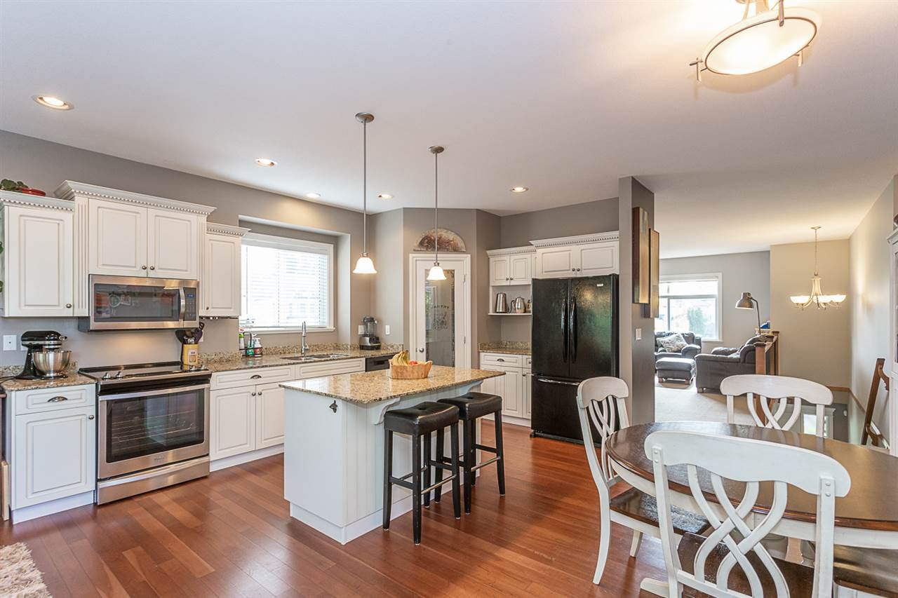 Photo 3: Photos: 33093 DESBRISAY Avenue in Mission: Mission BC House for sale : MLS®# R2339219