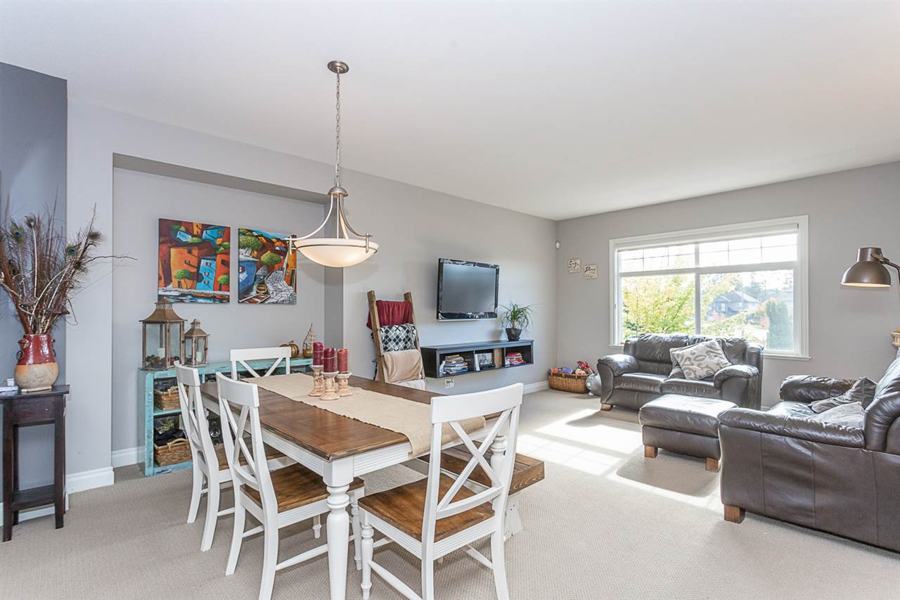 Photo 5: Photos: 33093 DESBRISAY Avenue in Mission: Mission BC House for sale : MLS®# R2339219