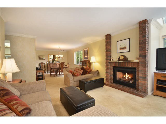 "Main Photo: 328 1441 GARDEN Place in Delta: Cliff Drive Condo for sale in ""MAGNOLIA"" (Tsawwassen)  : MLS®# R2353424"