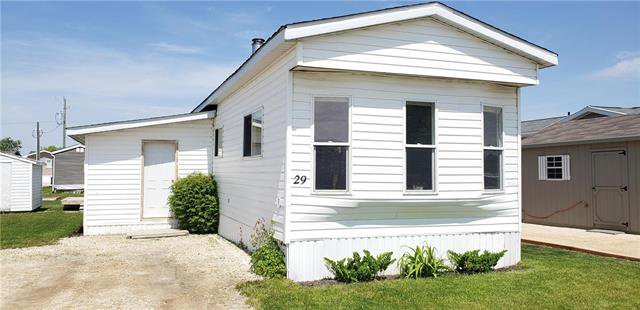 Main Photo: 29 Colorado Trailer Court in New Bothwell: R16 Residential for sale : MLS®# 1914993