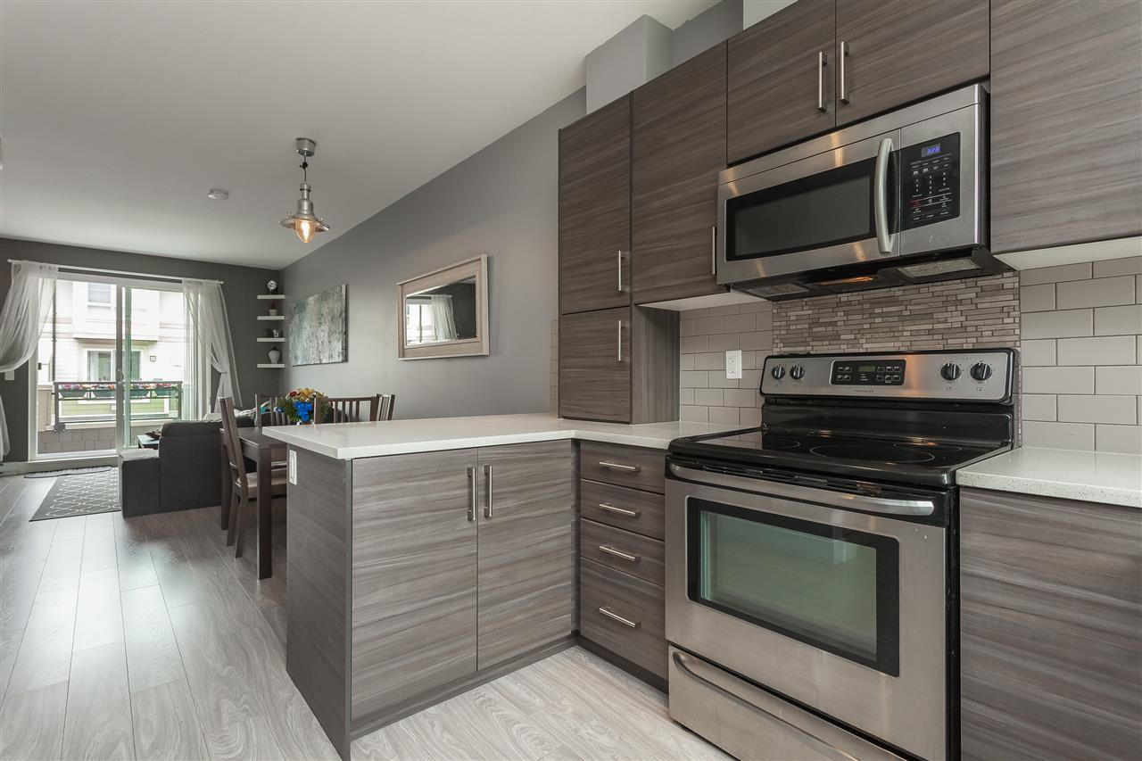 """Photo 5: Photos: 64 19477 72A Avenue in Surrey: Clayton Townhouse for sale in """"Sun at 72"""" (Cloverdale)  : MLS®# R2386075"""