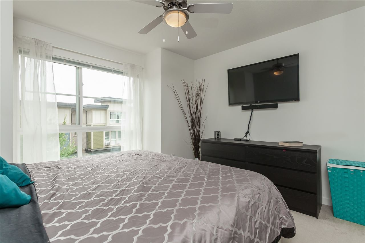 """Photo 12: Photos: 64 19477 72A Avenue in Surrey: Clayton Townhouse for sale in """"Sun at 72"""" (Cloverdale)  : MLS®# R2386075"""