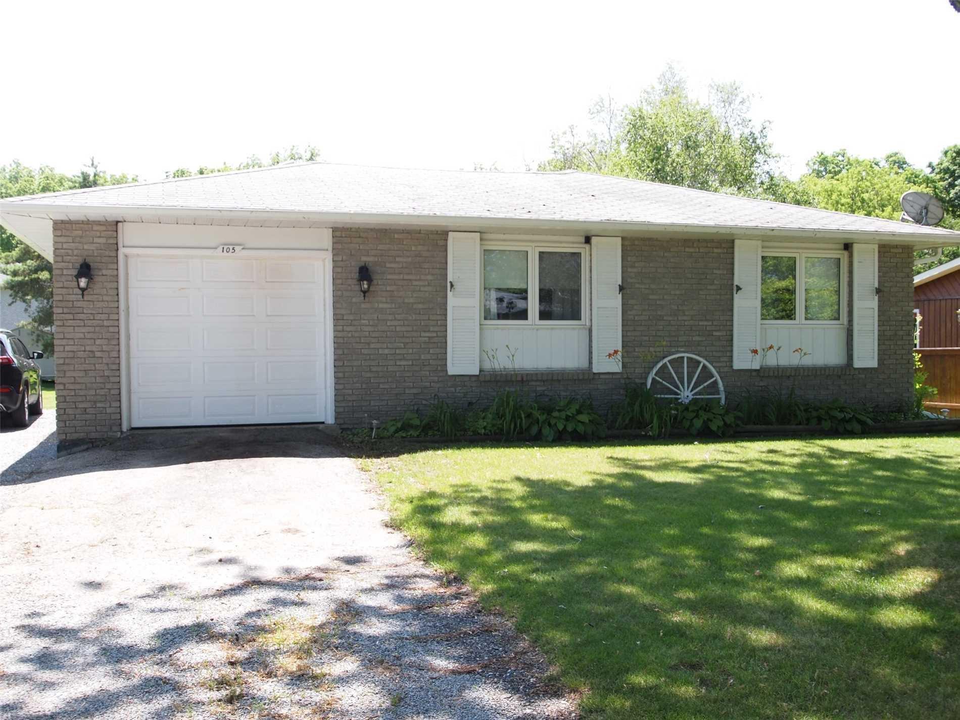 Photo 2: Photos: 105 Fifth Street in Brock: Beaverton House (Bungalow) for sale : MLS®# N4564596