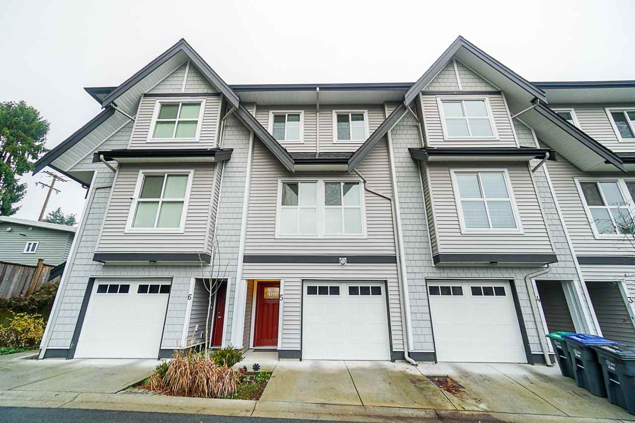 """Main Photo: 5 14450 68 Avenue in Surrey: East Newton Townhouse for sale in """"Maple Leaf First Realty Ltd"""" : MLS®# R2424000"""