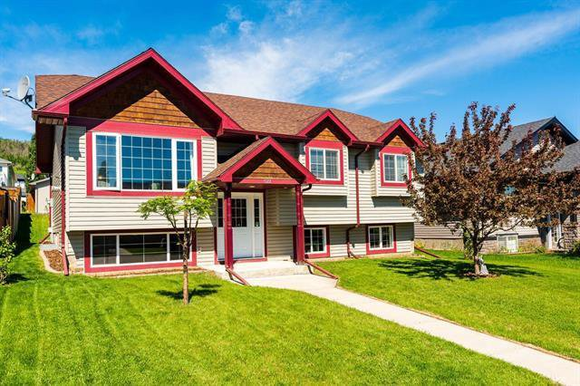 Main Photo: 522 Sunrise Way SW: Turner Valley Detached for sale : MLS®# C4302617