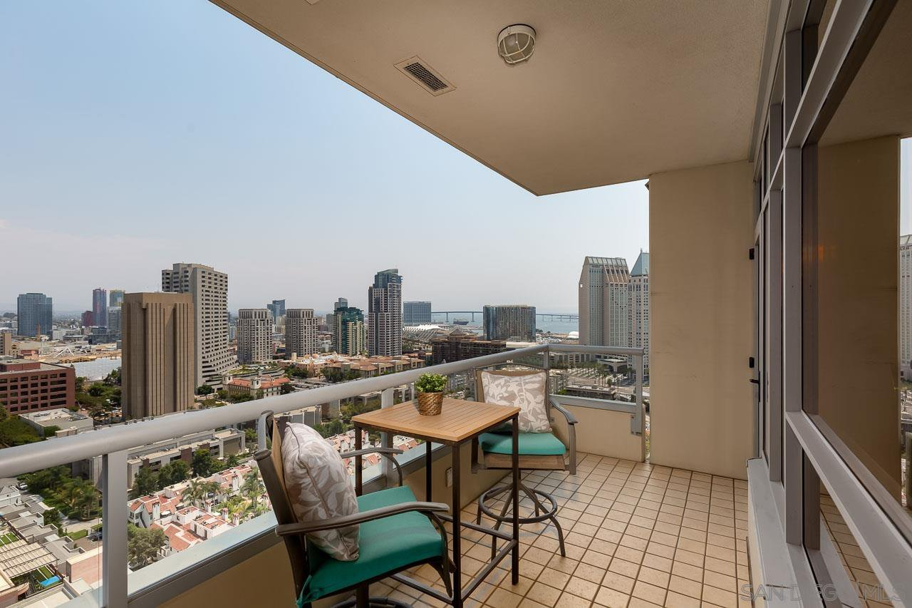 Main Photo: DOWNTOWN Condo for sale : 2 bedrooms : 700 W W E St #2405 in San Diego