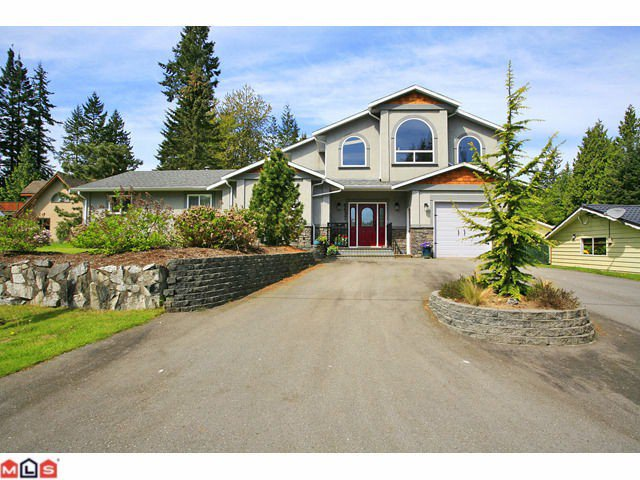 Main Photo: 4637 198A Street in Langley: Langley City House for sale : MLS®# F1112685