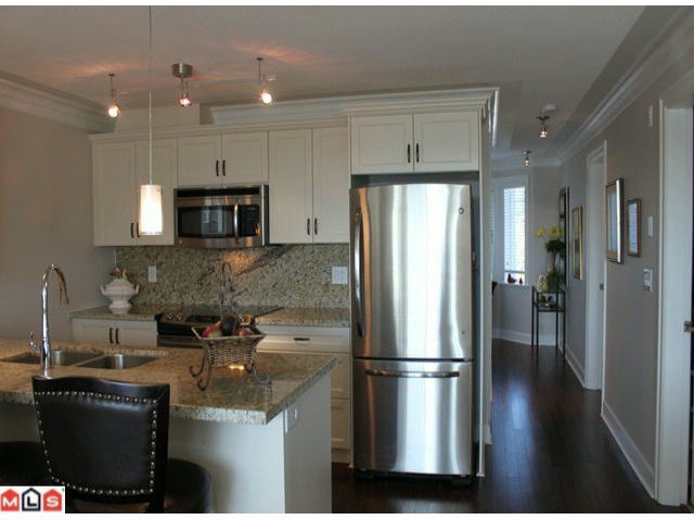 "Photo 4: Photos: 310 15357 ROPER Avenue: White Rock Condo for sale in ""Regency Court"" (South Surrey White Rock)  : MLS®# F1125783"