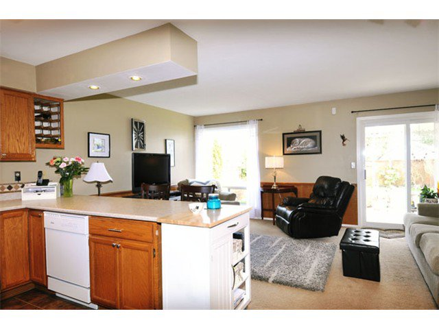 "Photo 7: Photos: 12508 219TH Street in Maple Ridge: West Central House for sale in ""DAVISON SUBDIVISION"" : MLS®# V1051456"