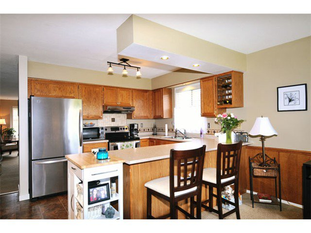 "Photo 4: Photos: 12508 219TH Street in Maple Ridge: West Central House for sale in ""DAVISON SUBDIVISION"" : MLS®# V1051456"