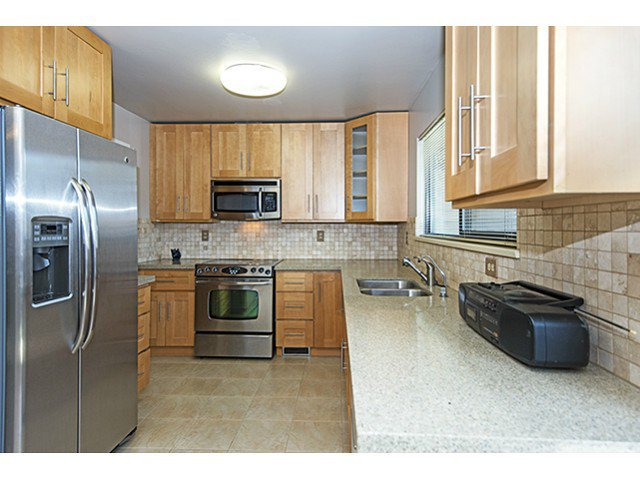 Photo 5: Photos: 3049 ARIES Place in Burnaby: Simon Fraser Hills Townhouse for sale (Burnaby North)  : MLS®# V1055744