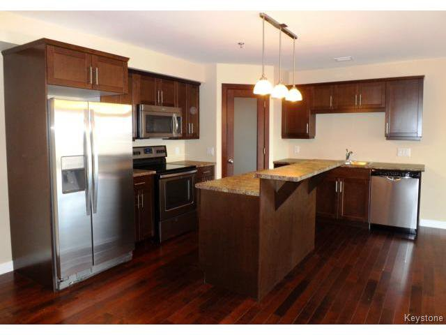 Photo 2: Photos: 700 Allegheny Drive in WINNIPEG: Fort Garry / Whyte Ridge / St Norbert Condominium for sale (South Winnipeg)  : MLS®# 1509268