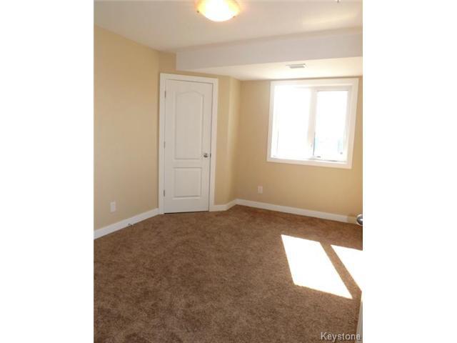 Photo 5: Photos: 700 Allegheny Drive in WINNIPEG: Fort Garry / Whyte Ridge / St Norbert Condominium for sale (South Winnipeg)  : MLS®# 1509268