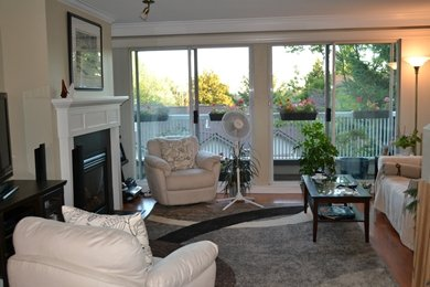 """Photo 8: Photos: 3457 AMBERLY Place in Vancouver: Champlain Heights Townhouse for sale in """"TIFFANY RIDGE"""" (Vancouver East)  : MLS®# R2041726"""