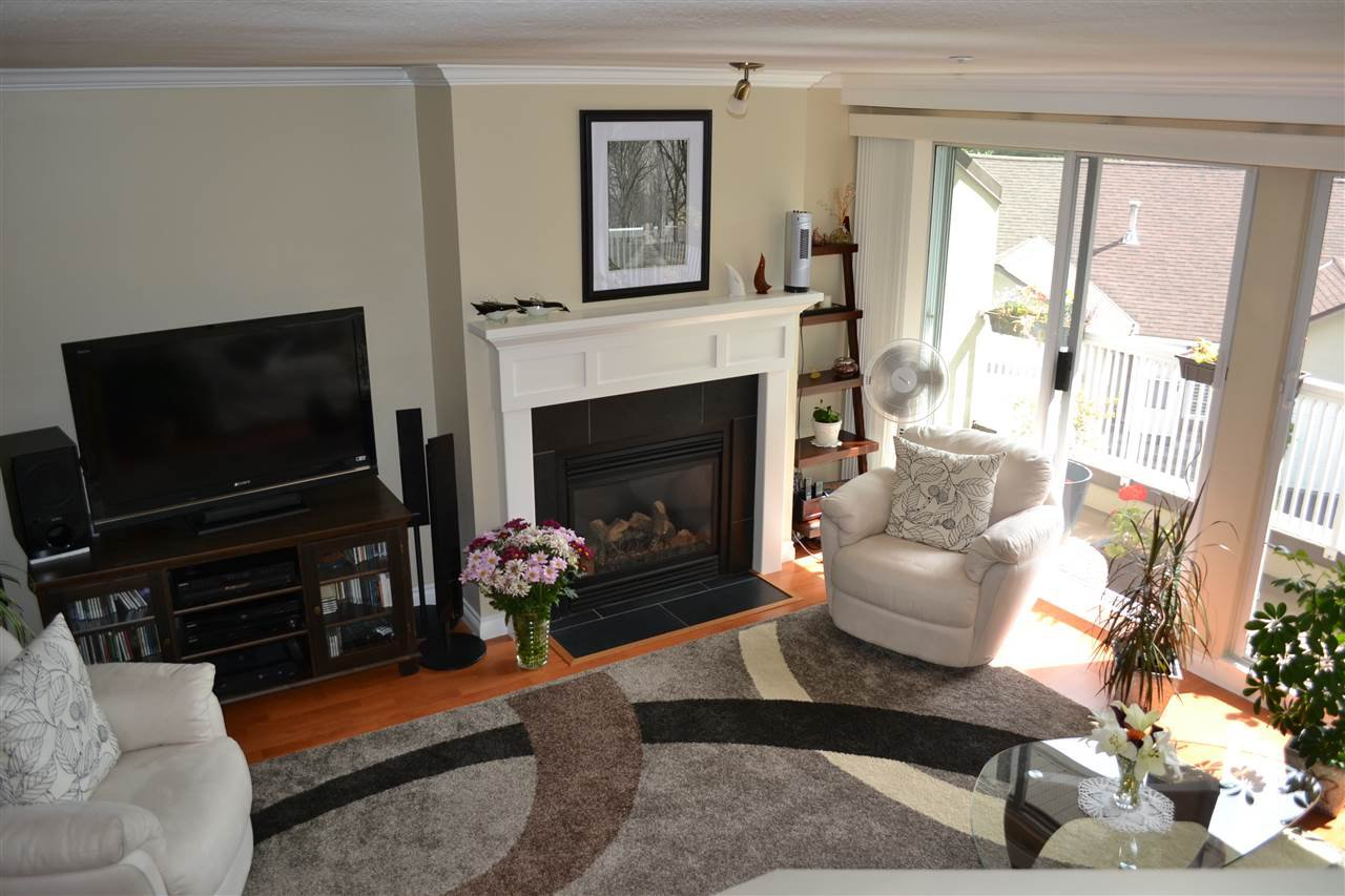 """Photo 12: Photos: 3457 AMBERLY Place in Vancouver: Champlain Heights Townhouse for sale in """"TIFFANY RIDGE"""" (Vancouver East)  : MLS®# R2041726"""