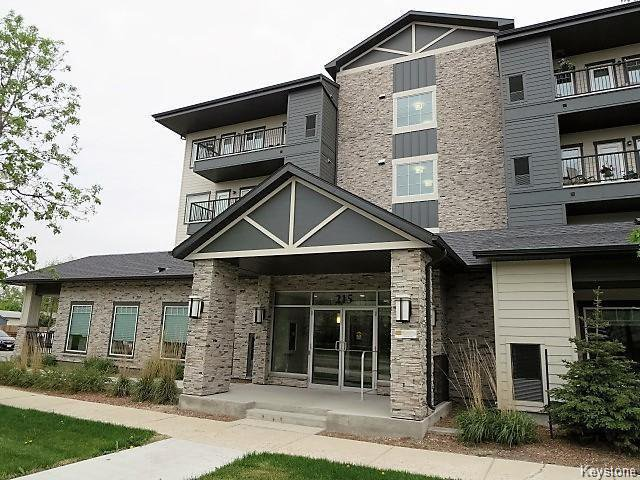 Main Photo: 215 Pandora Avenue West in Winnipeg: West Transcona Condominium for sale (3L)  : MLS®# 1623412