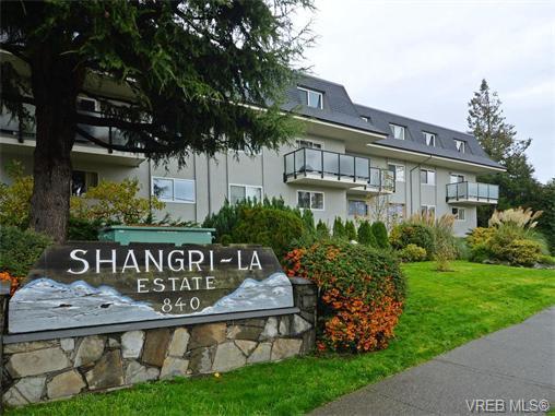 Main Photo: 37 840 Craigflower Rd in VICTORIA: Es Kinsmen Park Row/Townhouse for sale (Esquimalt)  : MLS®# 746267