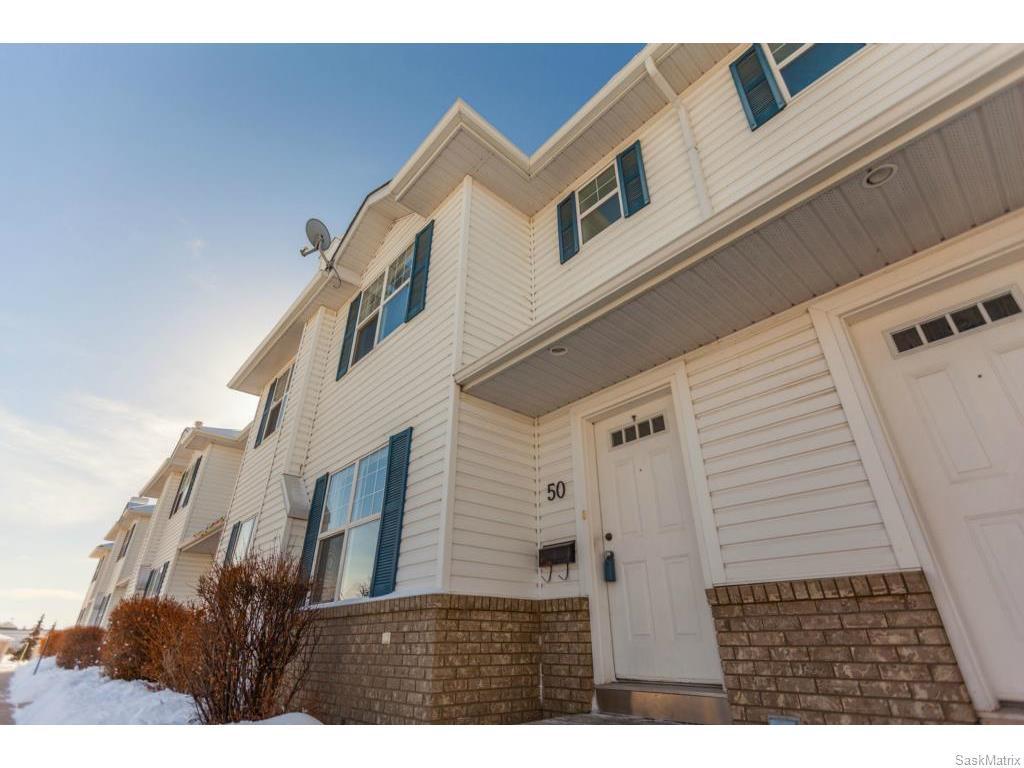 Main Photo: 50 203 Herold Terrace in Saskatoon: Lakewood S.C. Complex for sale (Saskatoon Area 01)  : MLS®# 599726