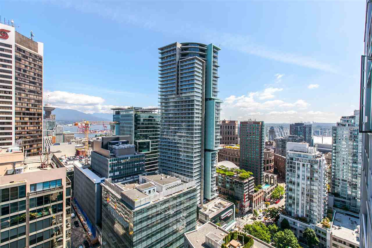 "Main Photo: 2702 833 SEYMOUR Street in Vancouver: Downtown VW Condo for sale in ""The Capitol"" (Vancouver West)  : MLS®# R2166614"