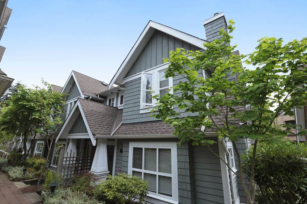 """Main Photo: 9 2688 MOUNTAIN Highway in North Vancouver: Westlynn Townhouse for sale in """"Craftsman Estates"""" : MLS®# R2170242"""