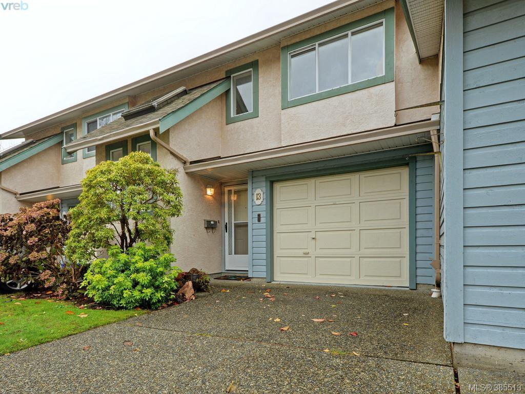 Main Photo: 13 515 Mount View Avenue in VICTORIA: Co Hatley Park Townhouse for sale (Colwood)  : MLS®# 385513