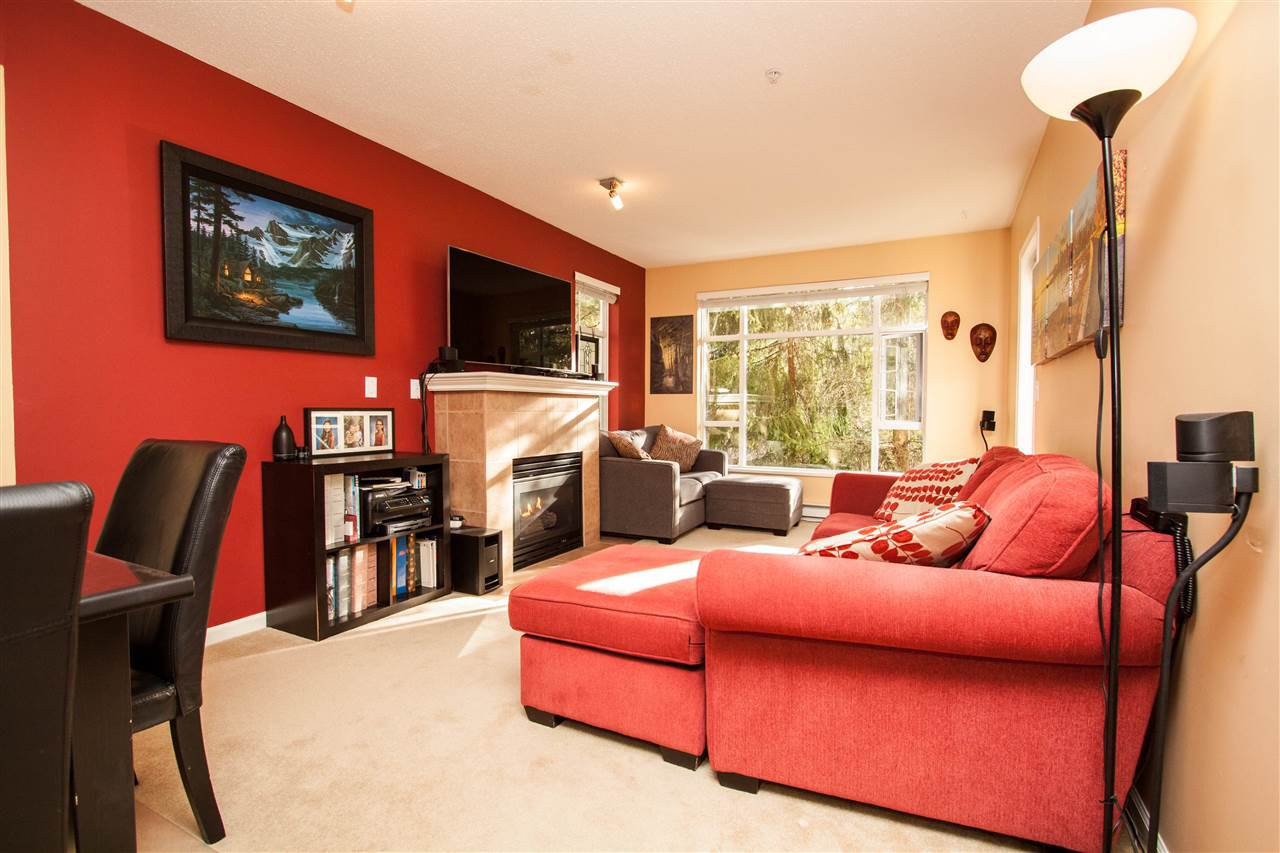 """Photo 2: Photos: 307 3625 WINDCREST Drive in North Vancouver: Roche Point Condo for sale in """"WINDSONG"""" : MLS®# R2247678"""