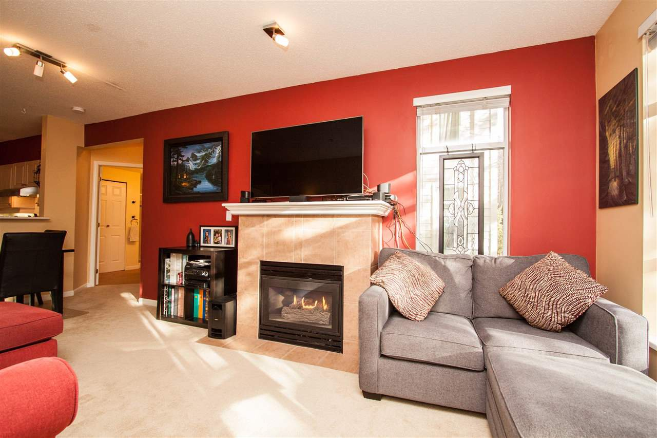 """Photo 5: Photos: 307 3625 WINDCREST Drive in North Vancouver: Roche Point Condo for sale in """"WINDSONG"""" : MLS®# R2247678"""