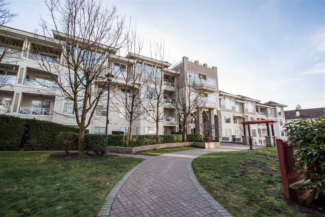 "Main Photo: 307 3625 WINDCREST Drive in North Vancouver: Roche Point Condo for sale in ""WINDSONG"" : MLS®# R2247678"