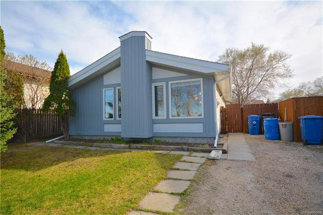 Main Photo: 67 Jim Smith Drive in Winnipeg: Sun Valley Park Residential for sale (3H)  : MLS®# 1812535