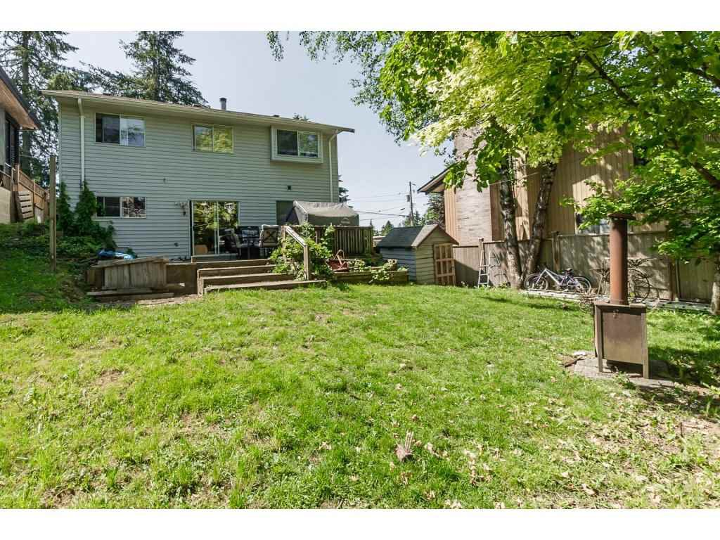 Photo 2: Photos: 33117 HILL Avenue in Mission: Mission BC House for sale : MLS®# R2271316