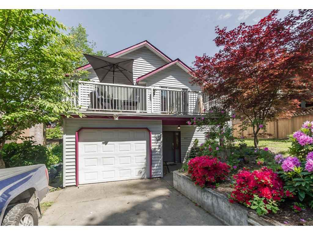 Photo 1: Photos: 33117 HILL Avenue in Mission: Mission BC House for sale : MLS®# R2271316
