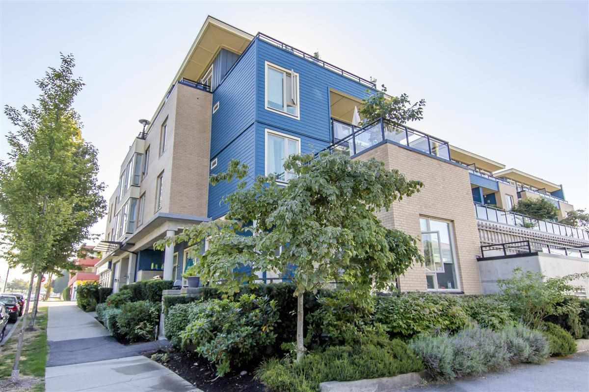 "Main Photo: 215 688 E 17TH Avenue in Vancouver: Fraser VE Condo for sale in ""Mondella"" (Vancouver East)  : MLS®# R2302390"