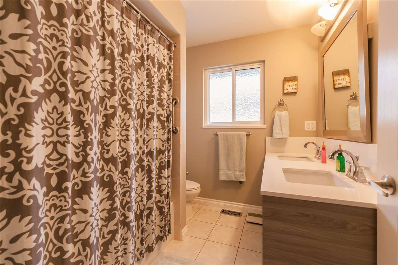 """Photo 14: Photos: 11780 TRUMPETER Drive in Richmond: Westwind House for sale in """"WESTWIND"""" : MLS®# R2335526"""