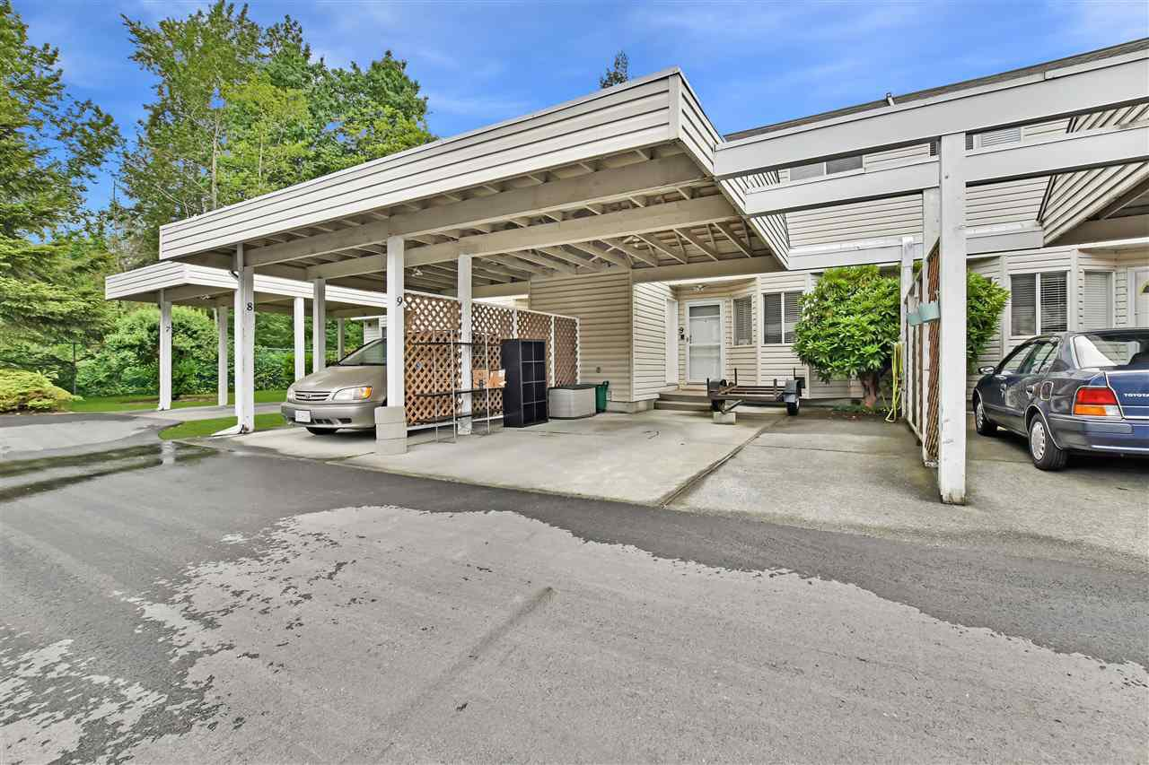 Main Photo: 9 7560 138 Street in Surrey: East Newton Townhouse for sale : MLS®# R2372419