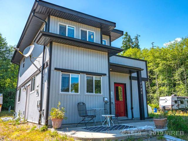 Main Photo: 1185 5TH AVE in UCLUELET: Z6 Salmon Beach House for sale (Zone 6 - Port Alberni)  : MLS®# 458869