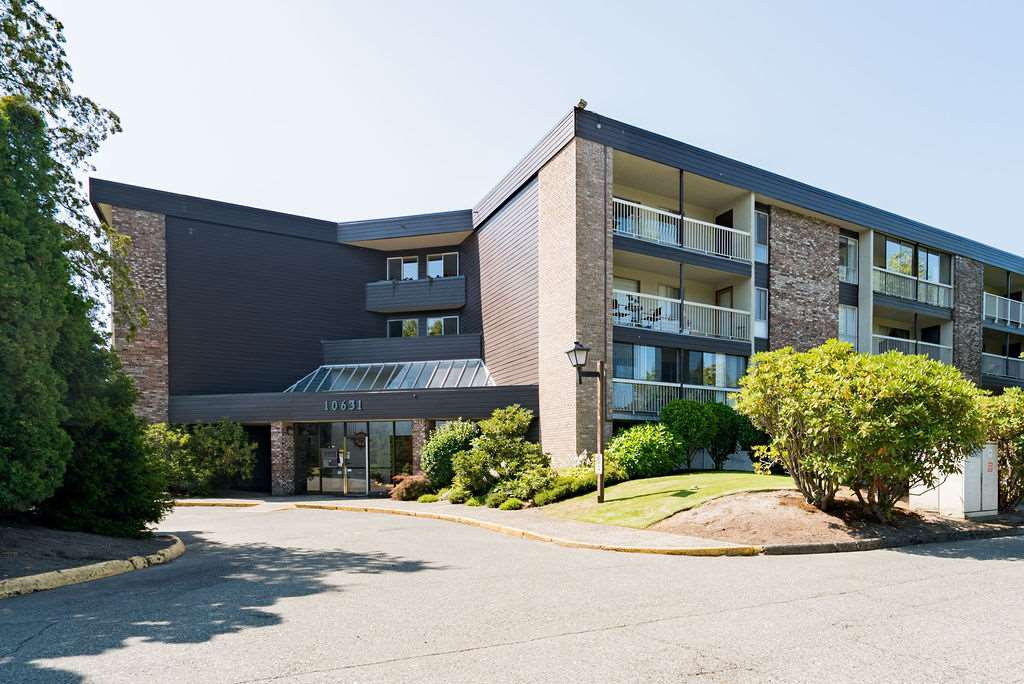 "Main Photo: 220 10631 NO. 3 Road in Richmond: Broadmoor Condo for sale in ""Admiral's Walk"" : MLS®# R2430777"